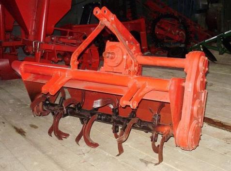 Корпус вилок (паук) 50-1702080 трактора МТЗ-80 в каталоге.